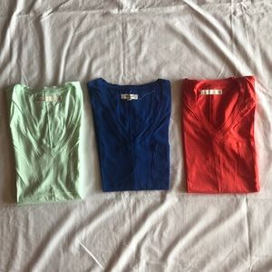 3 Madewell v-neck pocket tee
